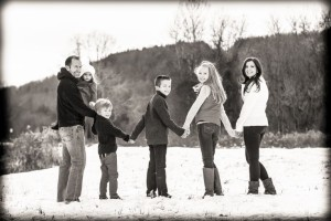 winter family photo - pinterest